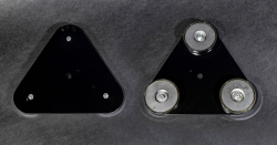 """MAGNETIC MOUNT - TRIANGLE W/ THREE 3"""" MAGNETS. MAY REQUIRE WHIP BASE MODIFICATION. - Image 1"""